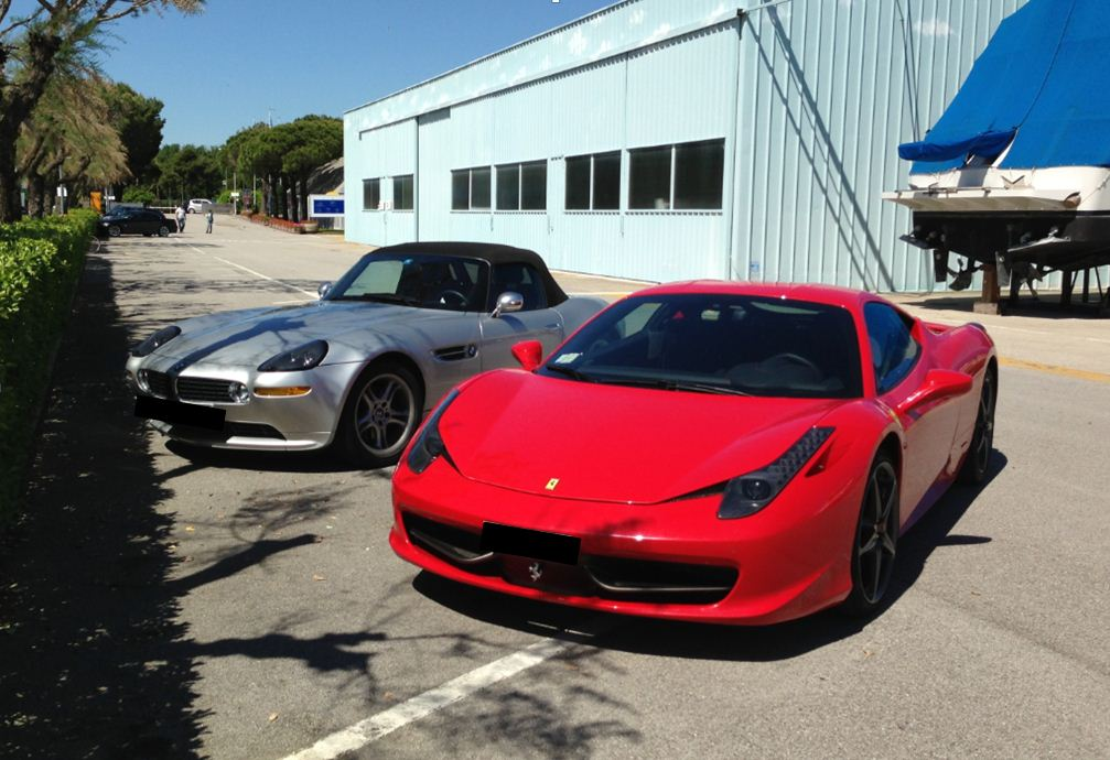 Ferrari 458 Italia & BMW Z8