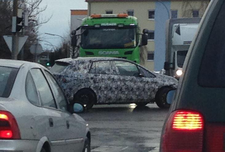 BMW 2er Active Tourer 3