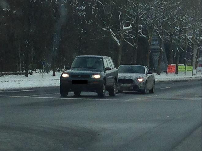 BMW 2er Cabrio Erlkönig von vorne