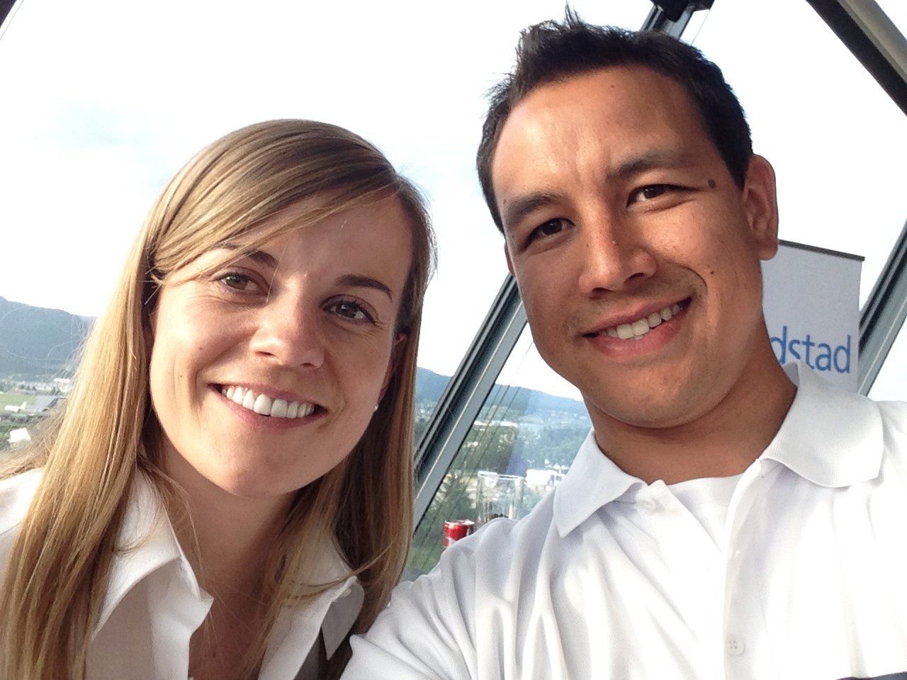 Selfie mit Williams Martini Racing Development Driver Susie Wolff